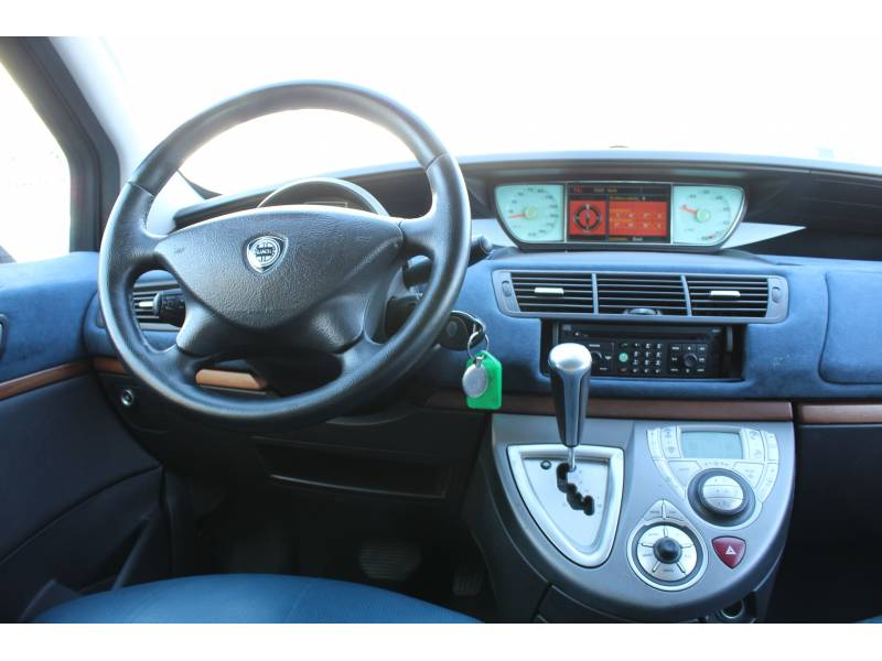 Lancia Phedra 3.0 V6 CAE EMBLEMA Emblema