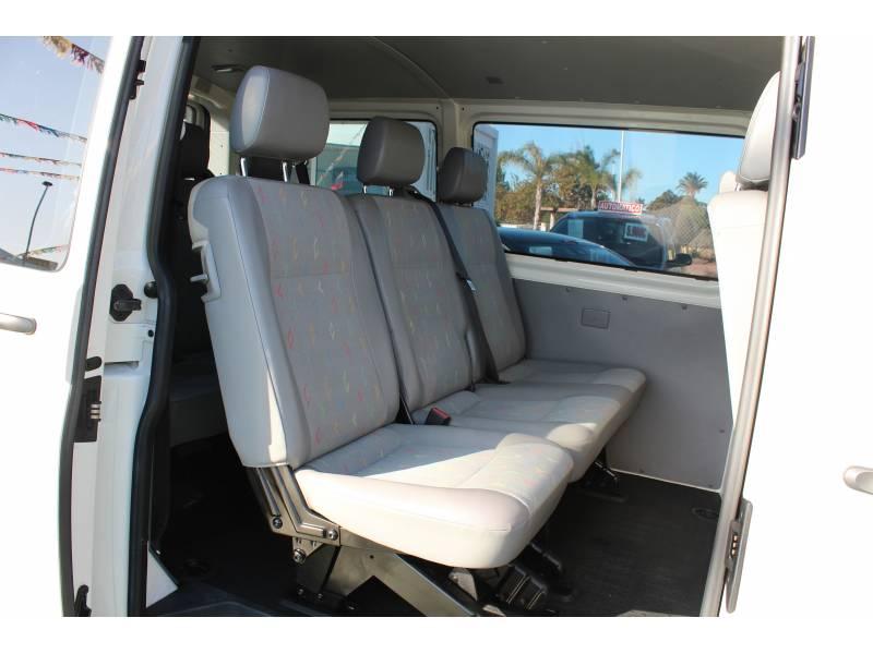 Volkswagen Transporter KOMBI 1.9TDI 104CV LARGA 2.8T -