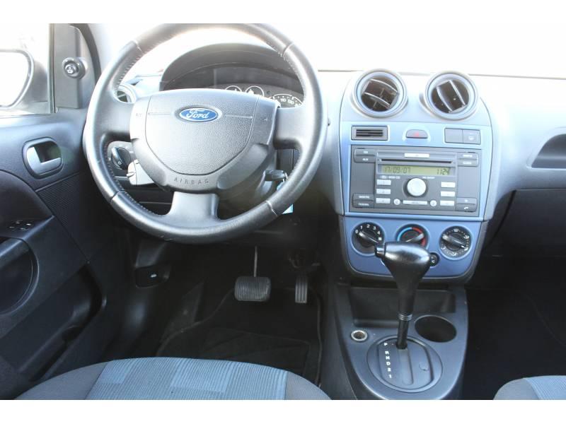 Ford Fiesta 1.6   Coupé Durashift Auto Trend