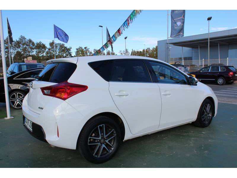 Toyota Auris 120D Advance