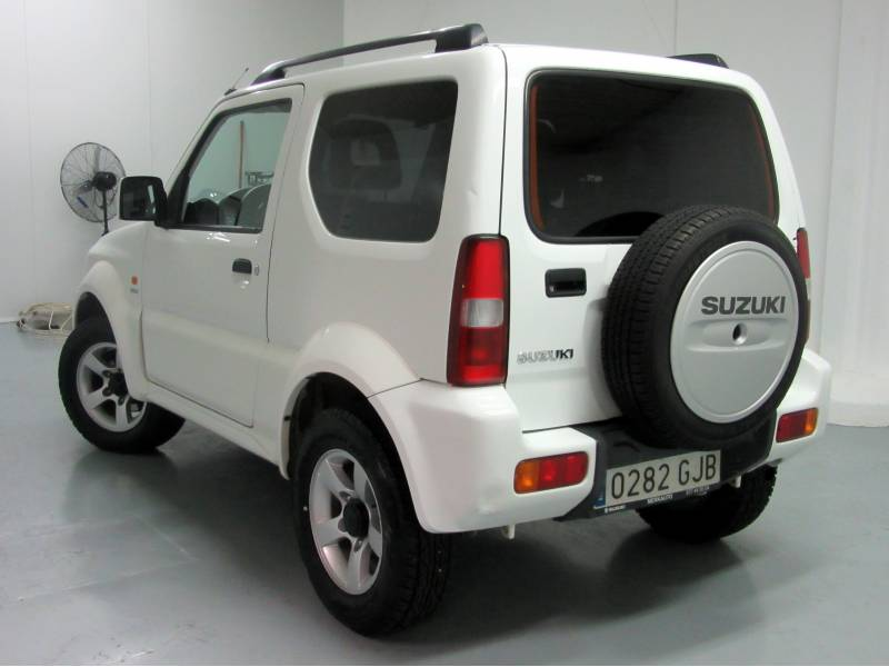 Suzuki Jimny 1.5 DDiS Euro IV Techo Metálico -