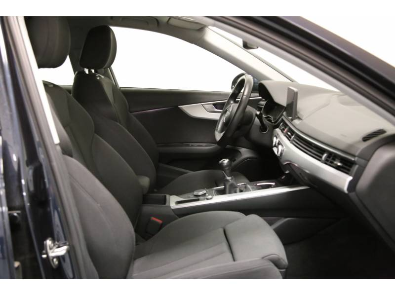 Audi A4 Avant 2.0 TDI 110kW(150CV) S line edit S line edition