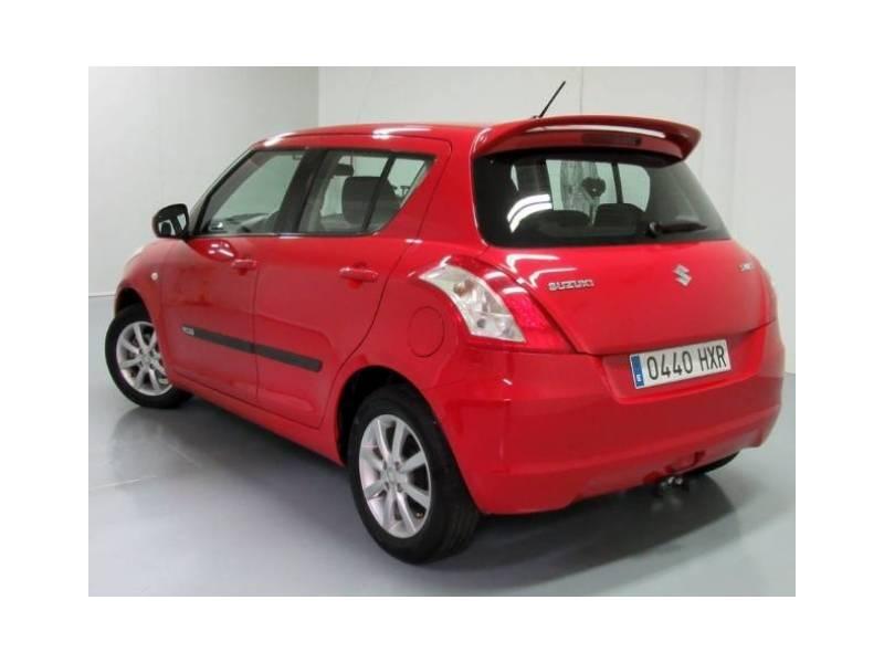 Suzuki Swift 1200 gasolina