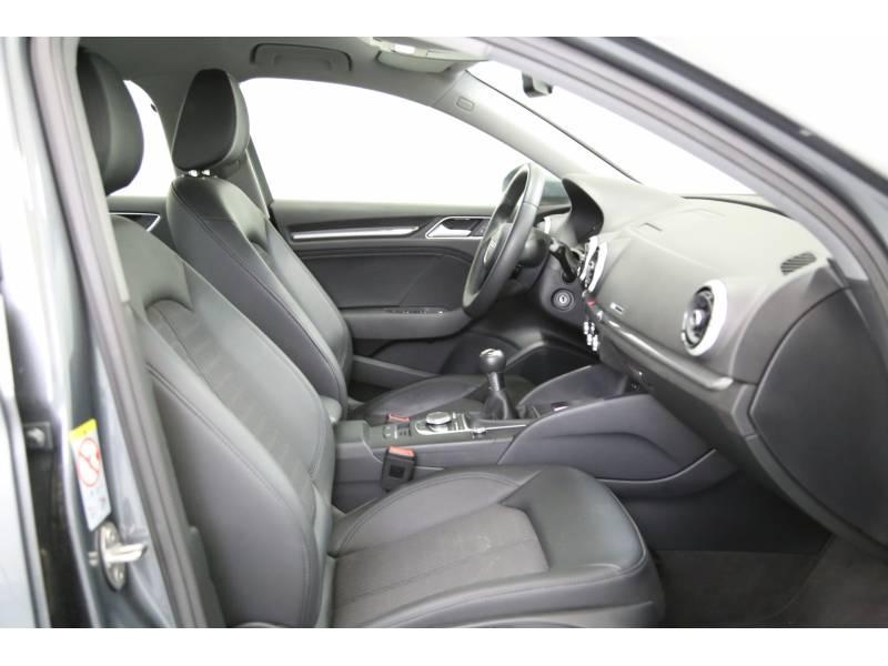 Audi A3 1.6 TDI 85kW(116CV) Sedan design edition