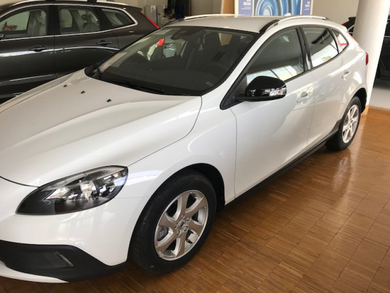 Volvo V40 Cross Country 2.0 D2 Auto Kinetic