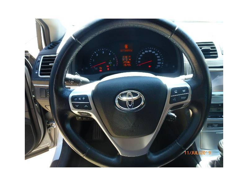Toyota Avensis 120D Advance
