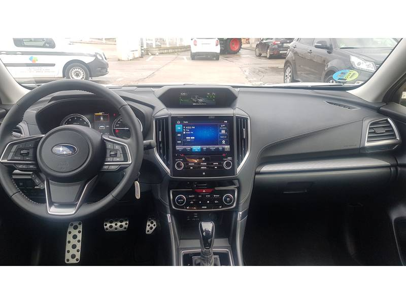 Subaru Forester 2.0i Hybrid CVT Sport Plus