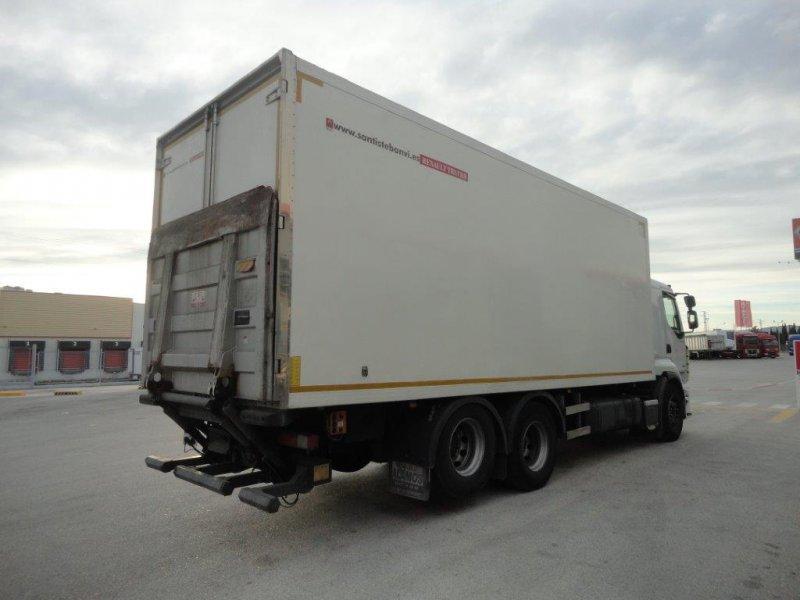Renault Trucks Premium 440