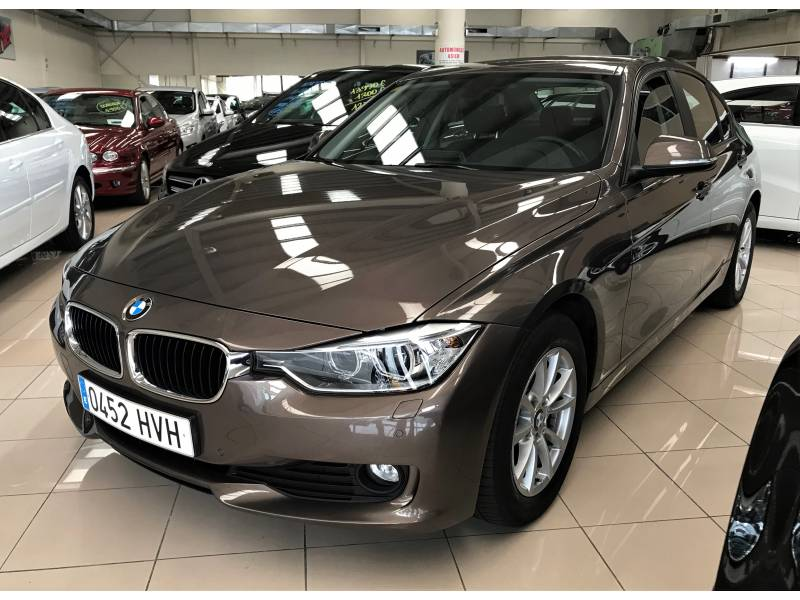 BMW Serie 3 316d (2.0d 116cv) Essential Edition