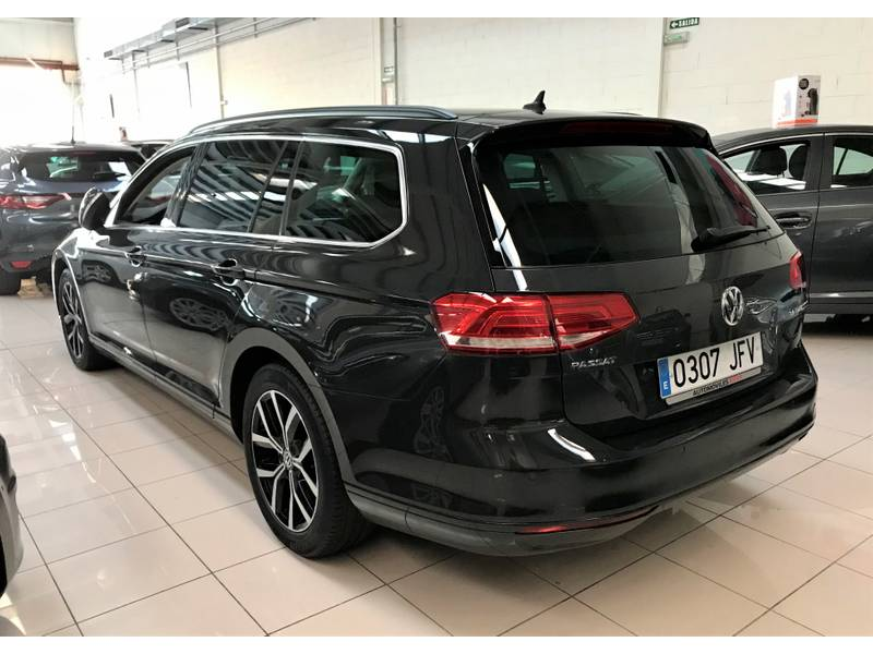 Volkswagen Passat 2.0 TDI 150cv DSG Advance Pack R-Line