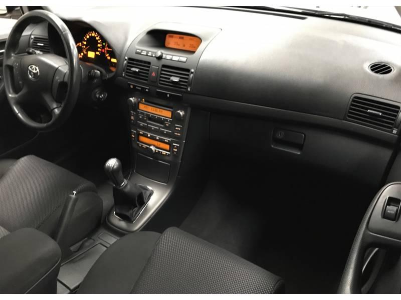 Toyota Avensis (VENDIDO)