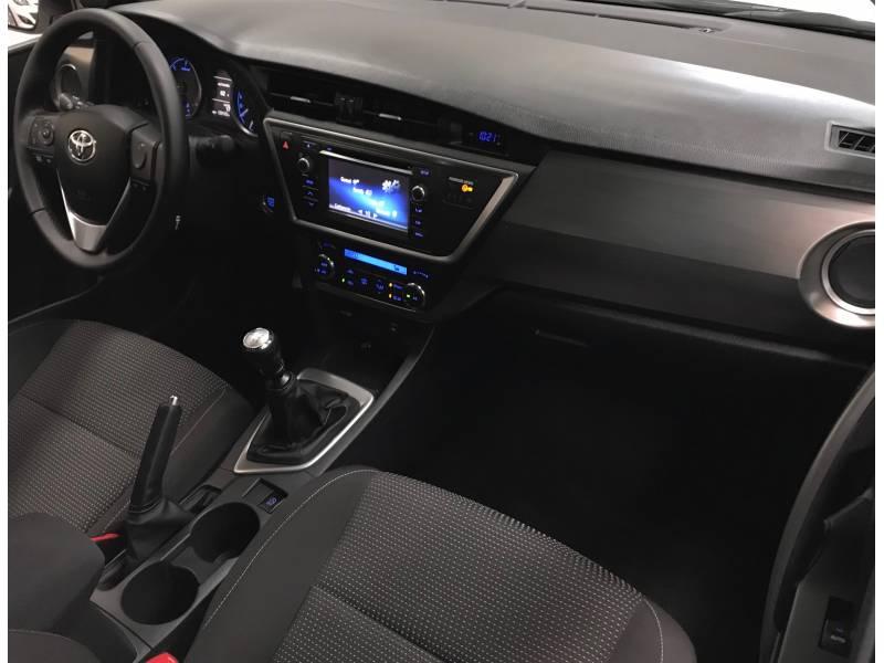 Toyota Auris 2.0d 125cv Active