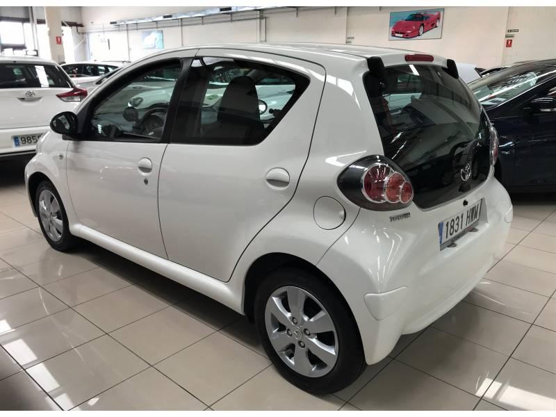 Toyota Aygo 1.0i 70cv City