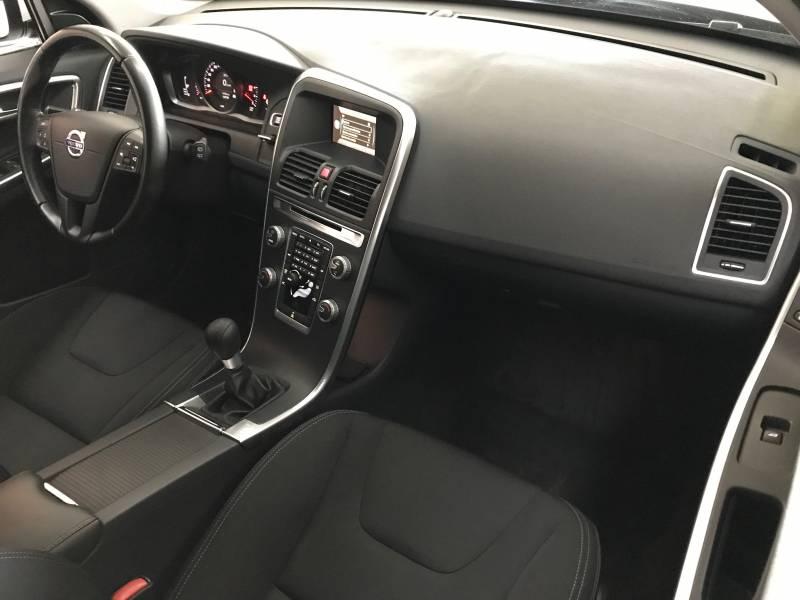 Volvo XC60 2.0 D3 136cv Kinetic