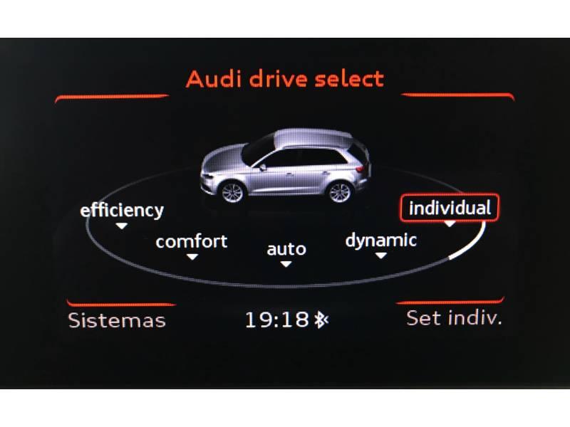 Audi A3 1.6 TDI 110cv Sportback S-Line Edition