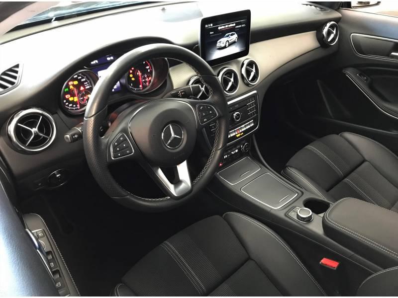 Mercedes-Benz Clase GLA 200d  7G-DCT Urban