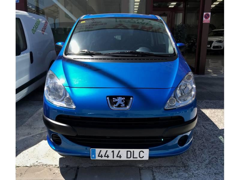 Peugeot 1007 1.4i 75cv Urban