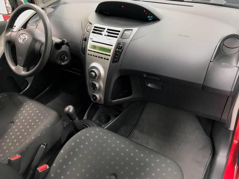 Toyota Yaris 1.3 VVT-i 90cv Sol 5p