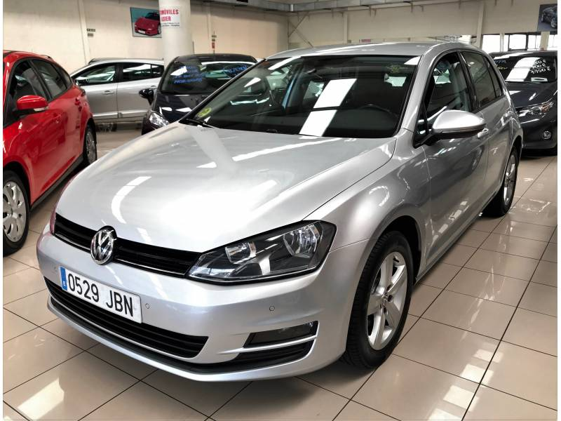 Volkswagen Golf 1.6 TDI 110cv Business Bluemotion