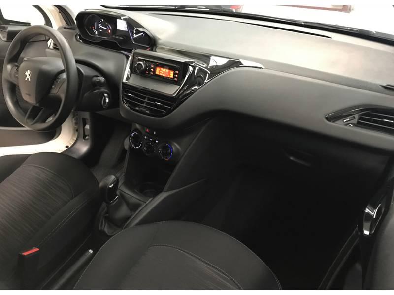 Peugeot 208 1.6 BlueHDi 75cv Active