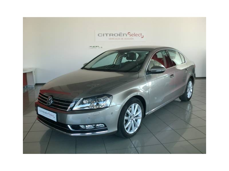 Volkswagen Passat 2.0 TDI 177cv   Tech Highline Bluemotion