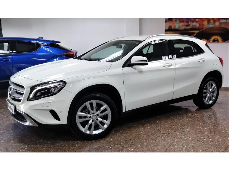 Mercedes-Benz Clase GLA 200 d Urban Sport Utility