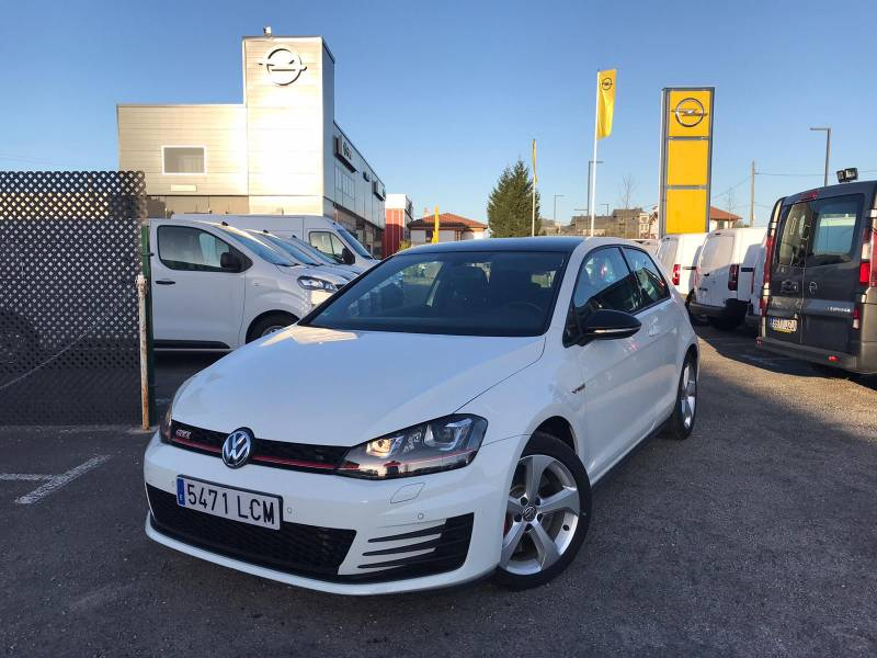 Volkswagen Golf 2.0 TSI 230CV BMT GTI Performance