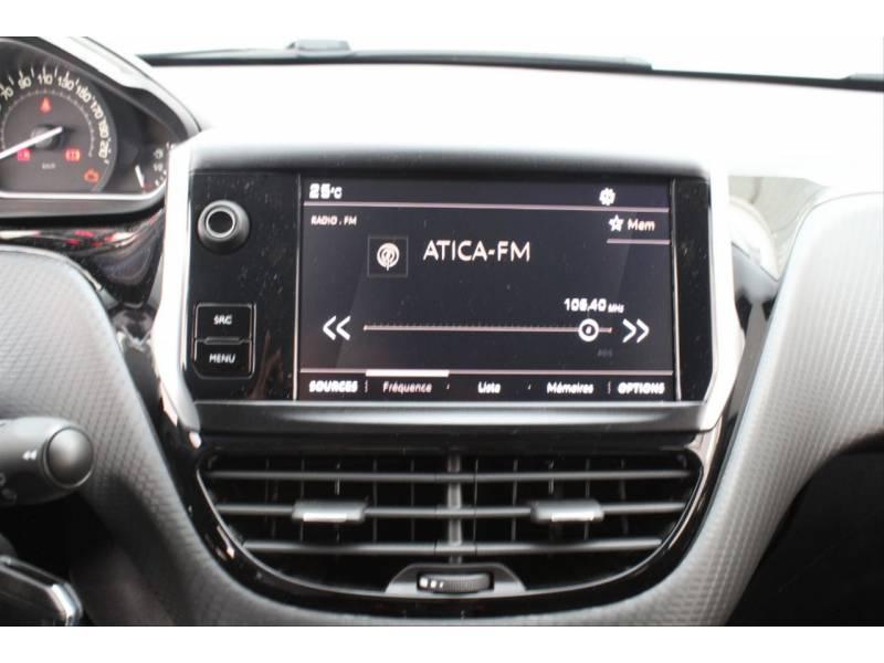 Peugeot 2008 2008 Signature PureTech 82 S&S 5 Vel. MA Signature