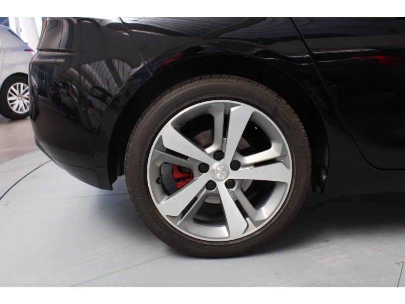 Peugeot 308 Nuevo 308 1.6 e-HDi 115 Allure