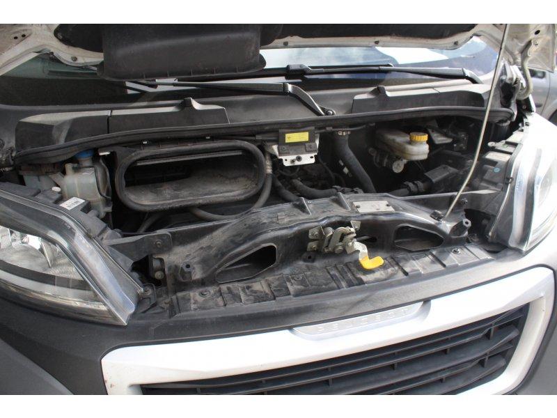 Peugeot Boxer 335 L3H2 HDi 130 Pack