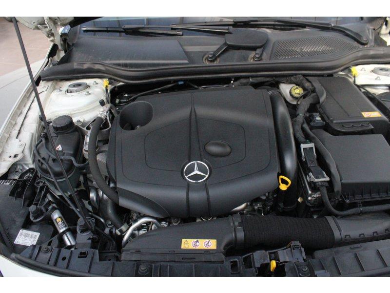 Mercedes-Benz Clase GLA GLA 220 CDI 4Matic AMG Line