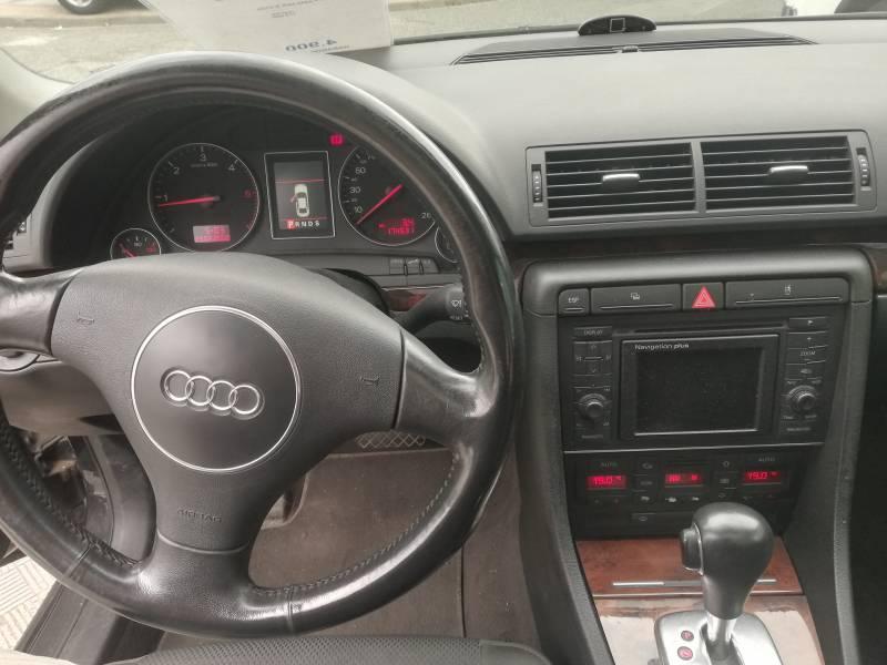 Audi A4 2.5 TDI AVANT QUATTRO