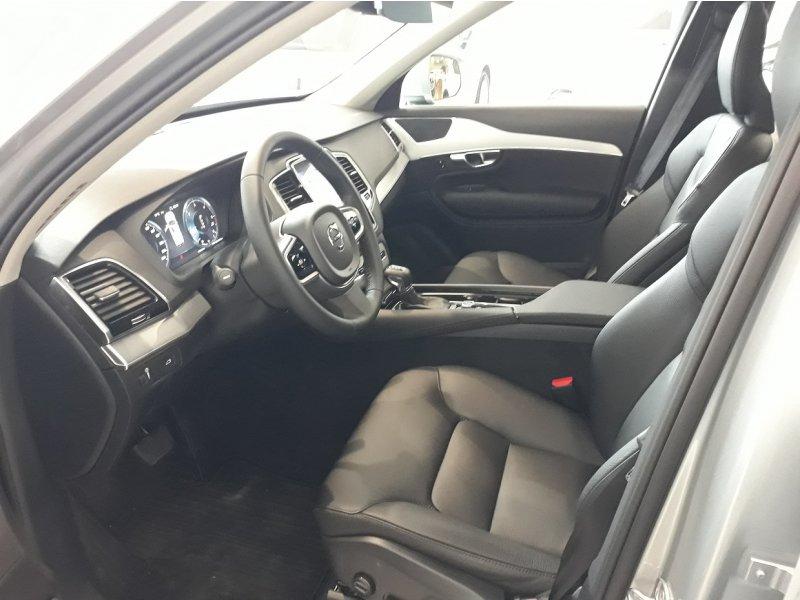 Volvo XC90 2.0 D5 AWD Auto 235 CV Momentum