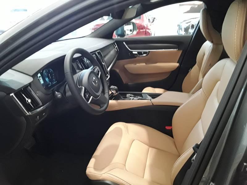 Volvo V90 Cross Country 2.0 D4 AWD Auto A MATRICULAR -