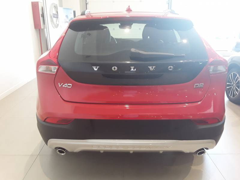 Volvo V40 Cross Country 2.0 150 cv Momentum