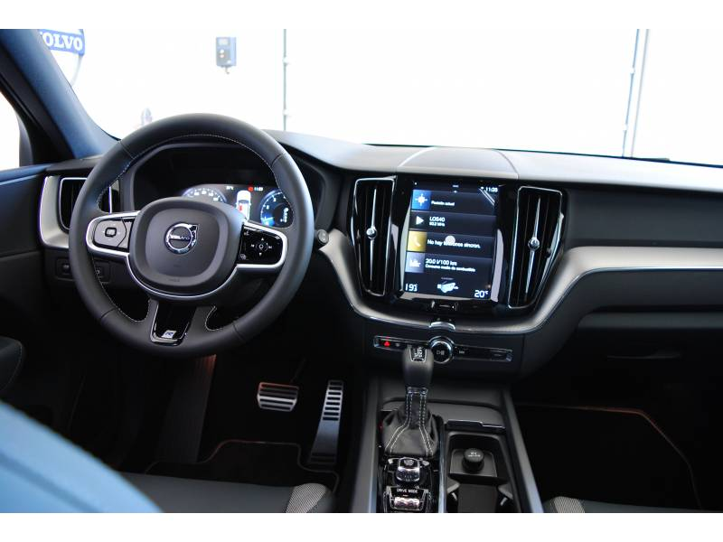 Volvo XC60 CONSULTAR PRECIO R-Design