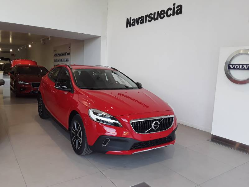 Volvo V40 Cross Country VOLVO BLACK DAYS Momentum