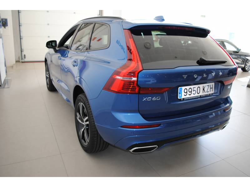 Volvo XC60 VOLVO BLACK DAYS R-Design