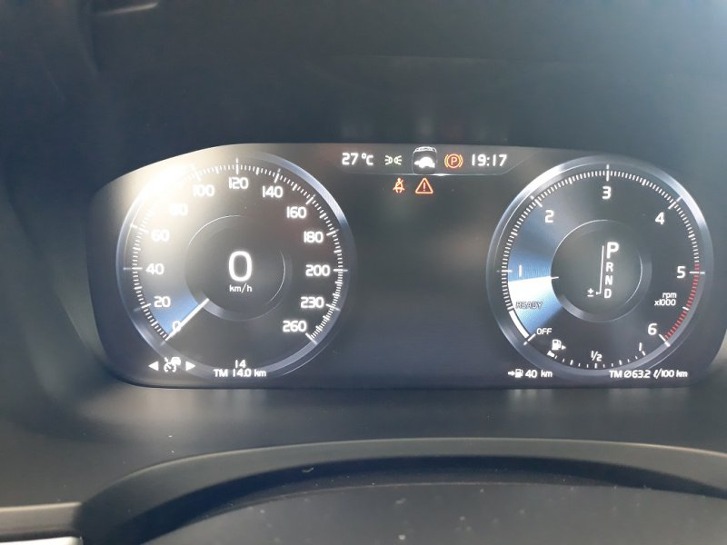 Volvo S90 2.0 D4 Auto 191CV Momentum