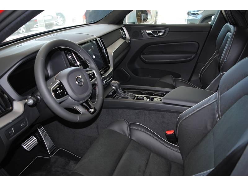 Volvo XC60 2.0 T4   Auto A MATRICULAR R-Design