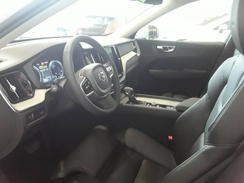 Volvo XC60 2.0 D4 AWD   Auto Inscription