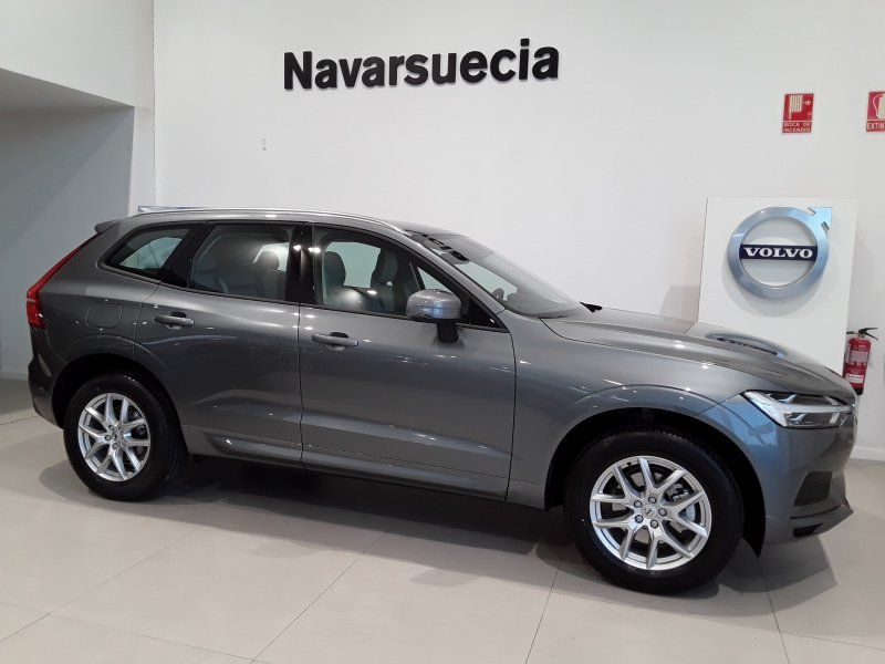 Volvo XC60 2.0 D4 AWD AT Momentum