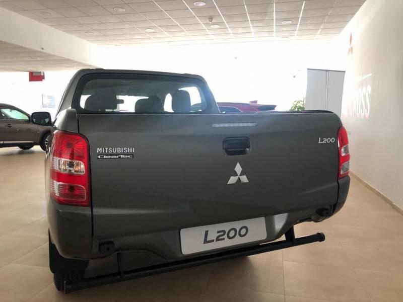 Mitsubishi L200 C/C 250 DI-D M-Pro