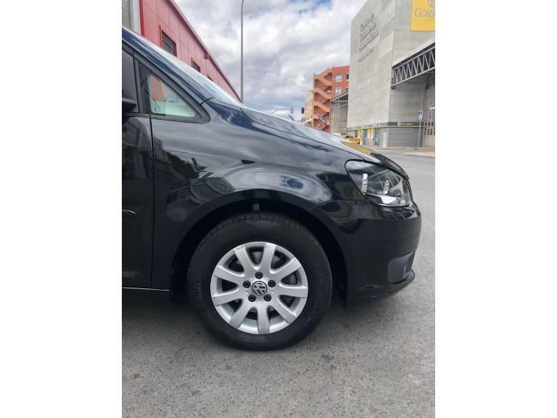 Volkswagen Touran 1.6 TDI 105cv DSG Advance