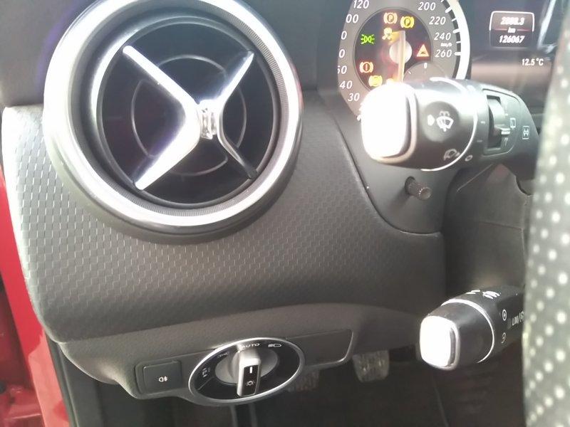 Mercedes-Benz Clase A A 200 CDI Línea AMG AMG Line