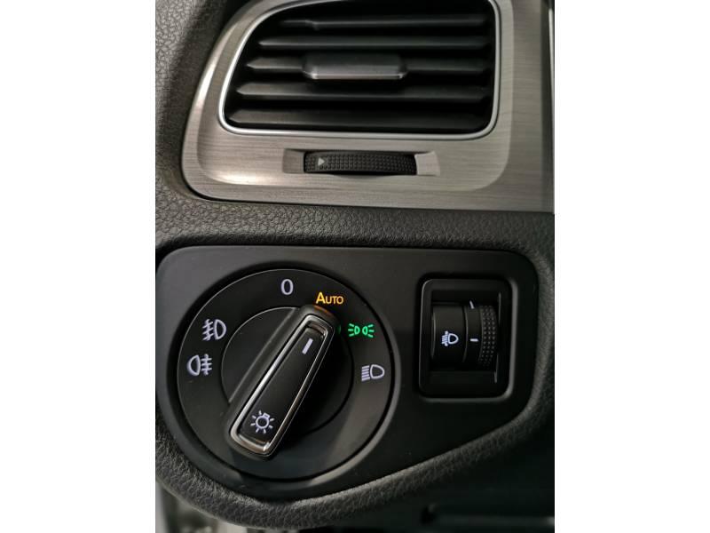 Volkswagen Golf 1.6 TDI 105CV BMT DSG Advance