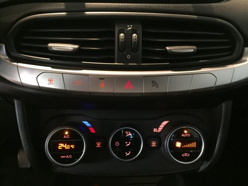 Fiat Tipo 1.6 16v Opening Ed. Plus 120 Multijet II Opening Edition Plus