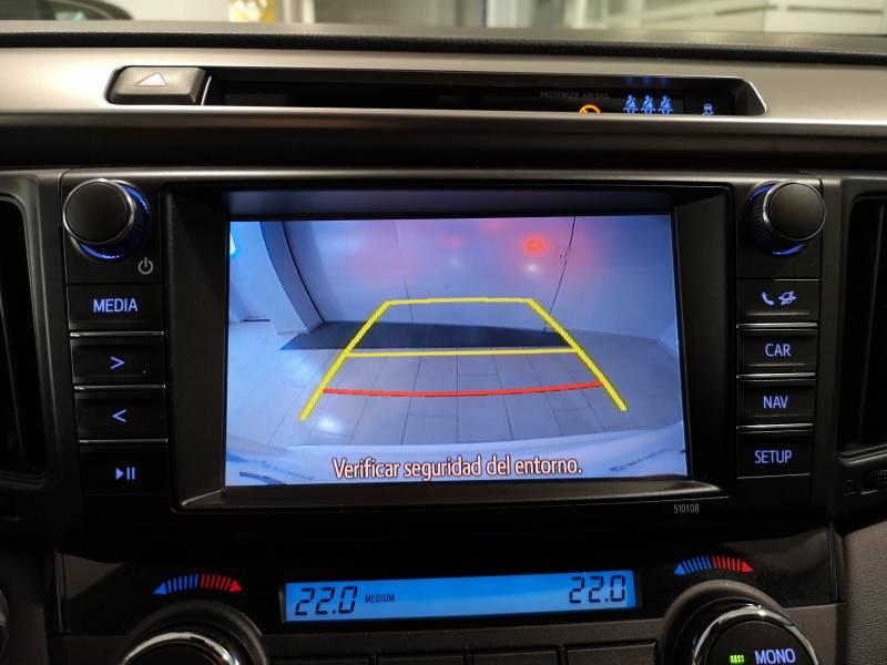Toyota Rav4 2.5l hybrid 4WD Advance