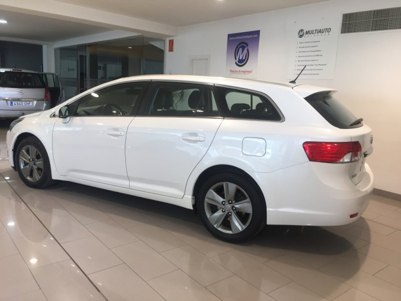 Toyota Avensis 150D AutoDrive Cross Sport Advance