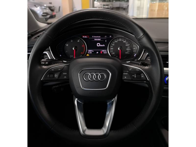 Audi A4 2.0 TDI 150CV S tronic design edition
